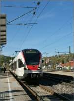 radolfzell/290008/seehas---flirts-verkehren-im-regionalverkehr Seehas - Flirts verkehren im Regionalverkehr zwischen Konstanz und Engen. Hier in Radolfszell am 7. April 2011